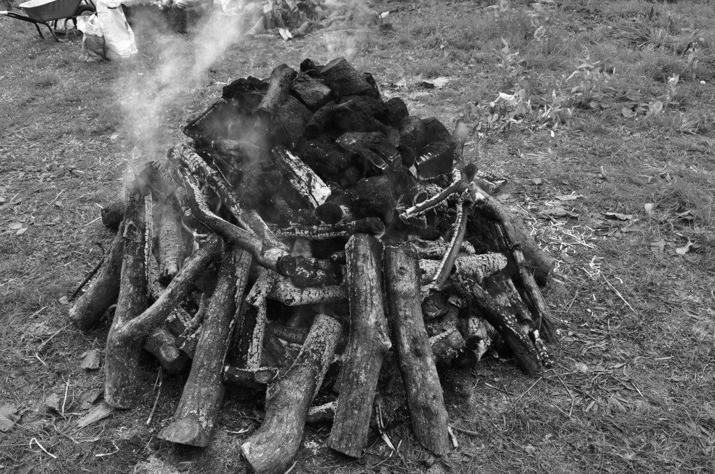 Irish Bog ore roasting